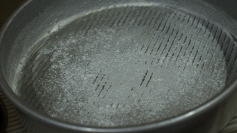 Berry Peach Cobbler Breakfast Cake pan prep