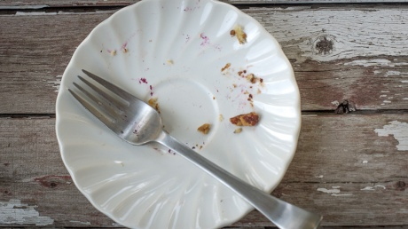 Empty breakfast cake plate