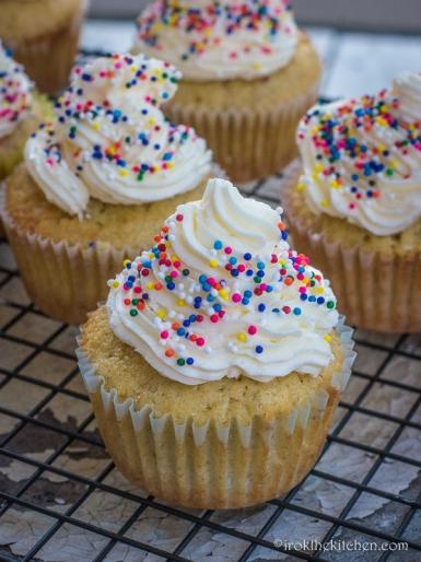 Banana Split Cupcakes-17