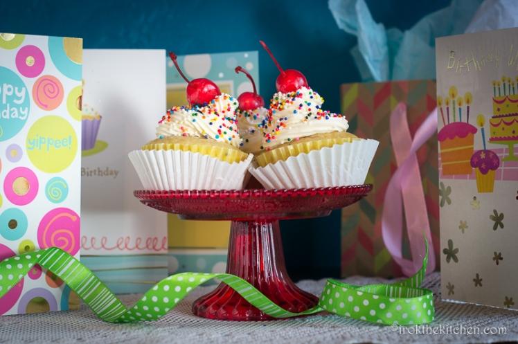 Banana Split Cupcakes-38