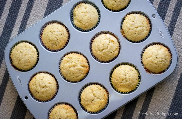 Banana Split Cupcakes-6