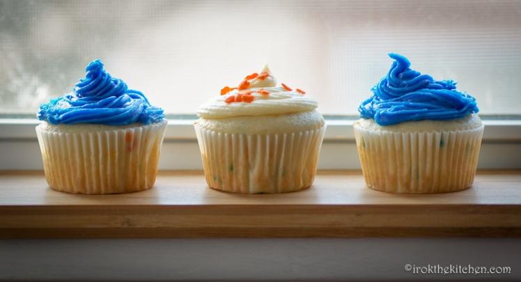 Superbowl Funfetti Cupcakes-15