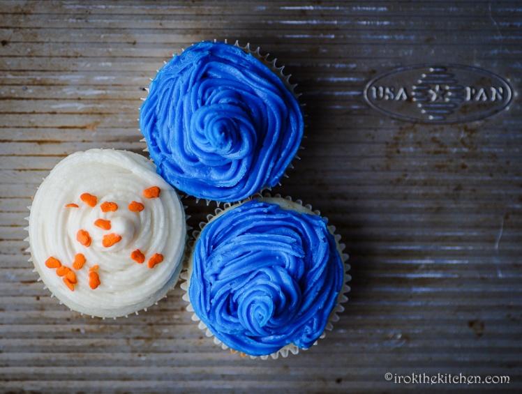 Superbowl Funfetti Cupcakes-17