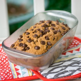 zucchini-chocolatechip-bread-3