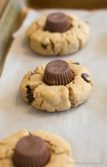 gluten-free-peanut-butter-chocolate-cookies-7